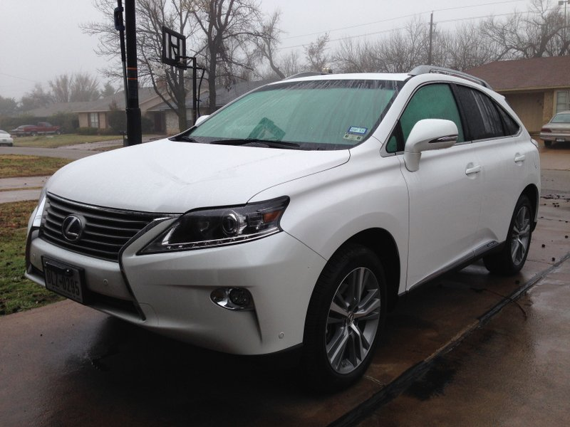 Get Great Gas Mileage in the 2015 Lexus RX Hybrid