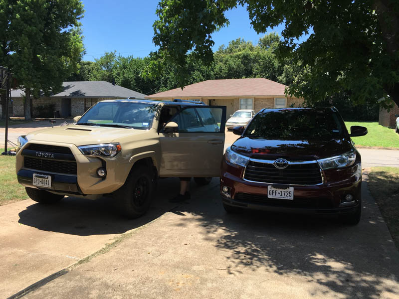 4Runner and Highlander Side by Side