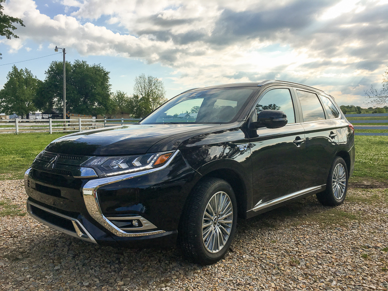 2019 Mitsubishi Outlander PHEV - My First Experience in a