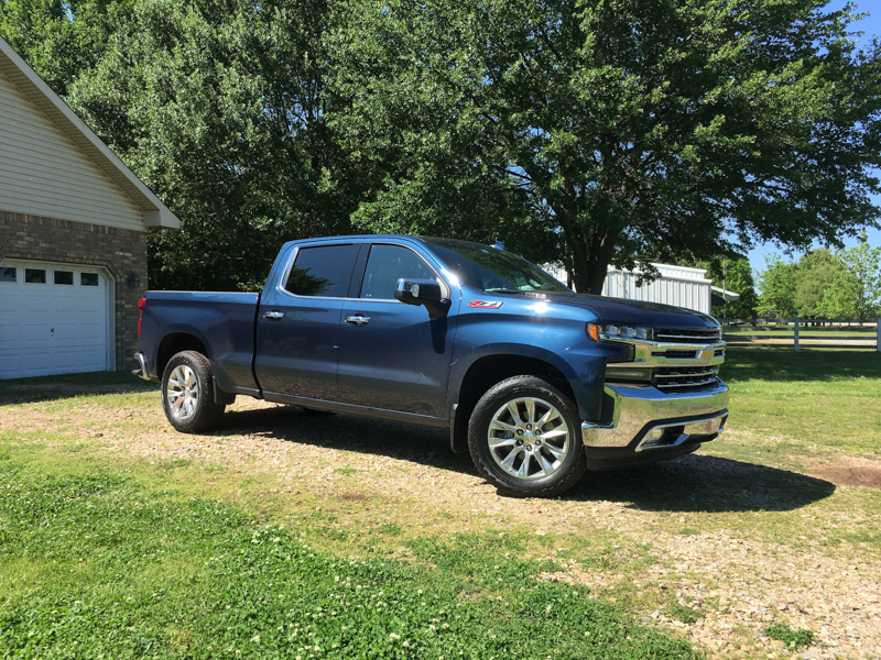 2020 Chevrolet Silverado Review Featured Image